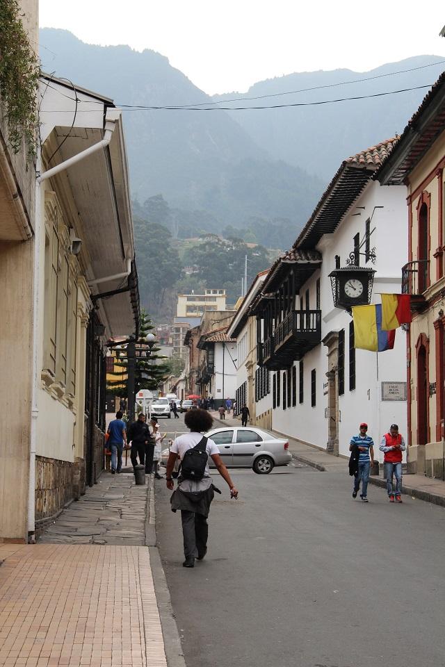 calle de acesso ao Cerro Monserrate